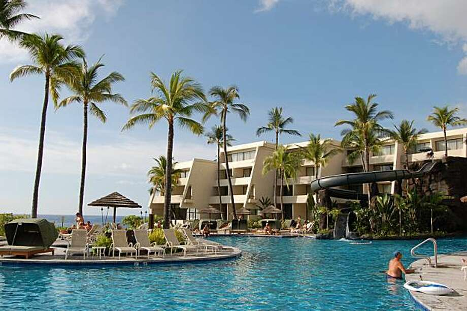 The Sheraton Keauhou on the Big Island has recently updated its rooms. Photo: Jeanne Cooper, Special To The Chronicle