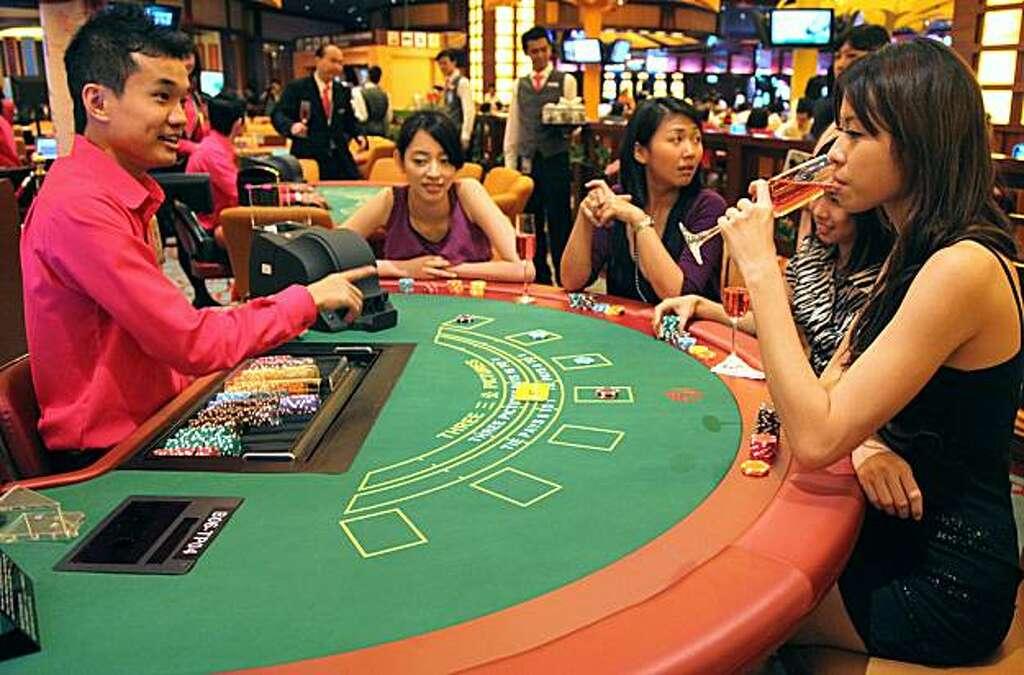 Gambling shows phoenix lounge casino