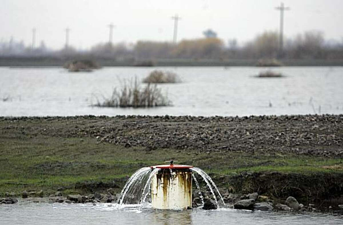 Water pumps in the delta include ones like this at Yolo Bypass and Liberty Island.