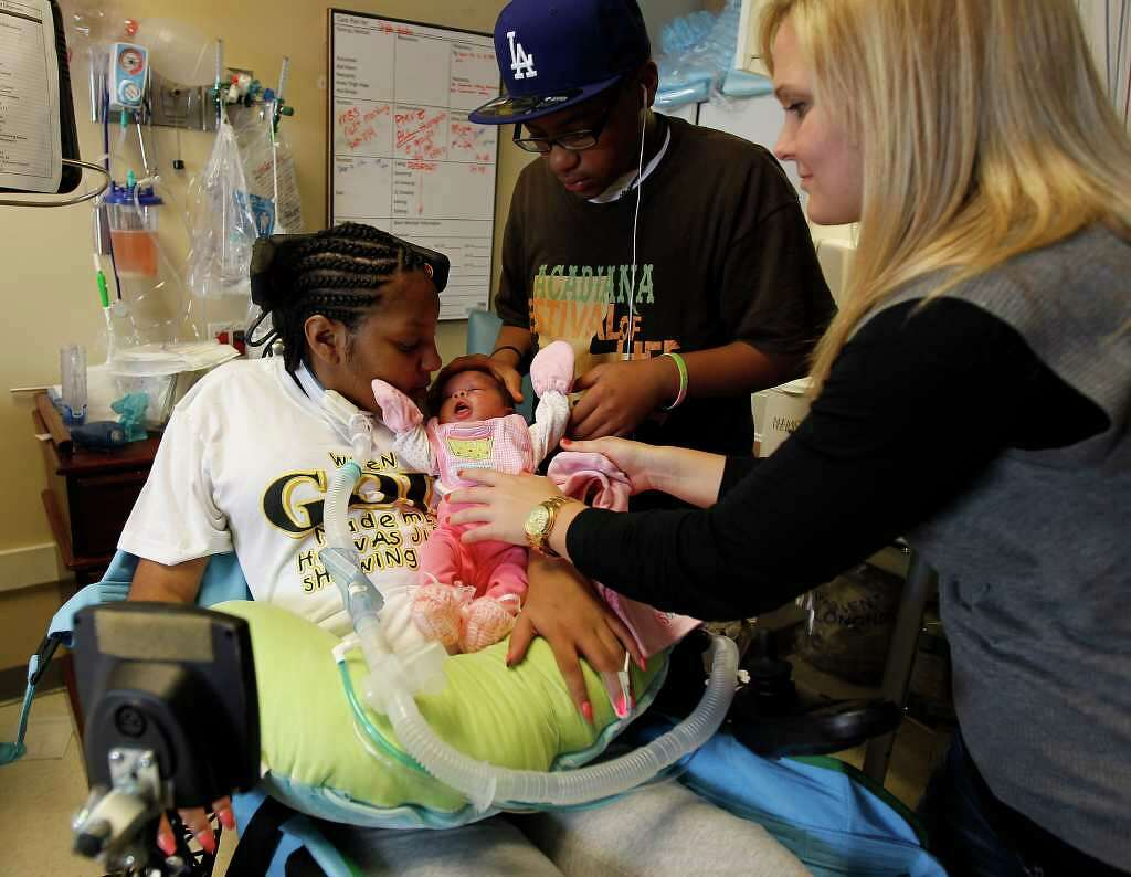 Quadriplegic Woman Gives Birth