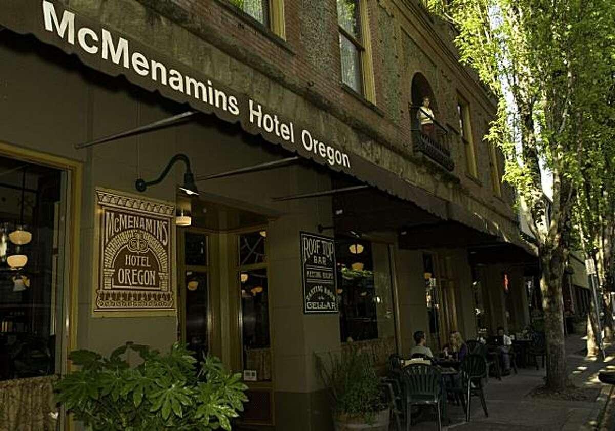 McMenamins Hotel Oregon, McMinnville, Oregon