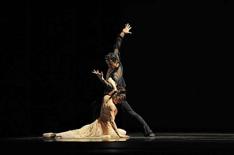 Lorena Feijoo and Vitor Luiz in Possokhov's Talk To Her. Photo: Erik Tomasson, SF Ballet