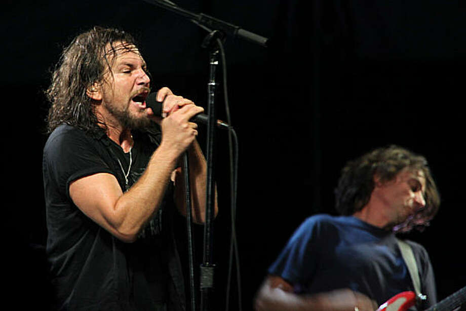 Pearl Jam at the Outside Lands music festival in San Francisco, Calif., on Friday, August 28, 2009. Photo: Liz Hafalia, The Chronicle