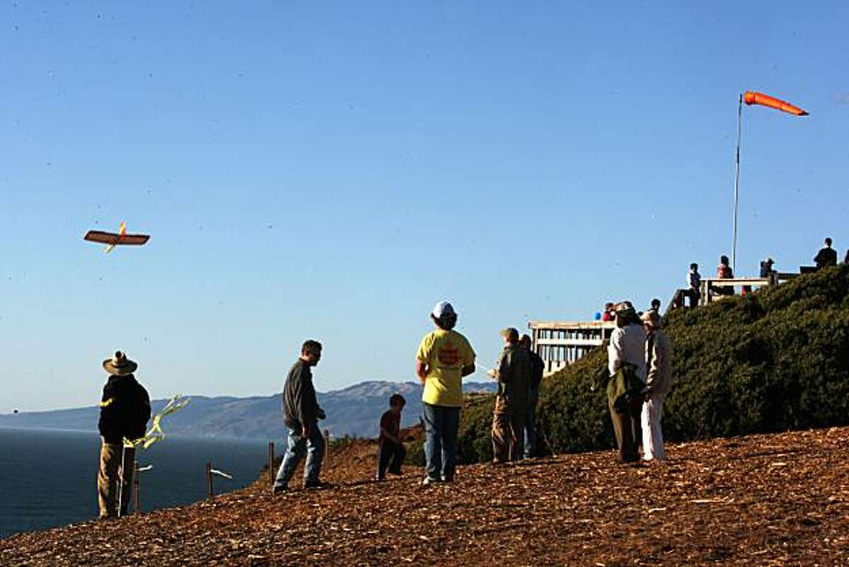 Visitors enjoying the lookout and cliffs of Fort Funston in San Francisco, Calif., on Friday, October 10, 2008.