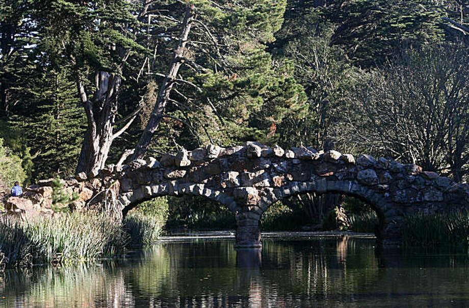 Bridge over Stow Lake in Golden Gate Park in San Francisco, Calif., on Friday, January 9, 2009. Photo: Mark Costantini, The Chronicle