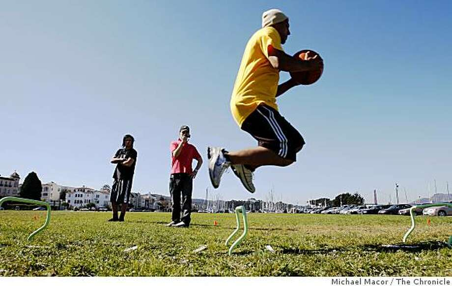 Errol Kerr, a member of the Jamaican Snow Ski Team works out at San Francisco's Marina Green on Thursday Oct. 16, 2008, doing off season agility training drills. Photo: Michael Macor, The Chronicle