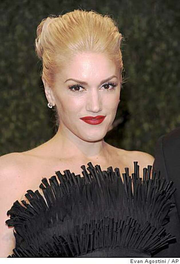 Gwen Stefani arrives at the Vanity Fair Oscar party on Sunday, Feb. 22, 2009, in West Hollywood, Calif. Photo: Evan Agostini, AP