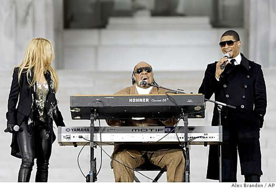 "Stevie Wonder performs with Usher, right, and Shakira during ""We Are One: Opening Inaugural Celebration at the Lincoln Memorial"" in Washington, Sunday, Jan. 18, 2009. Photo: Alex Brandon, AP"