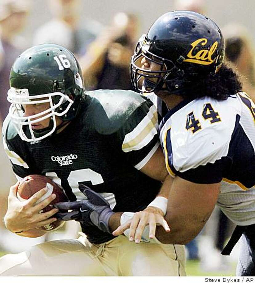 Colorado State quarterback Caleb Hanie (16) is sacked by California defensive tackle Tyson Alualu (44) during the third quarter of a college football game in Fort Collins, Colo., Saturday, Sept. 8, 2007. (AP Photo/Steve Dykes) Ran on: 09-13-2007 Alualu sacked Caleb Hanie during the Cal defense's third-quarter surge in Saturday's victory at Colorado State. Ran on: 09-13-2007 Photo: Steve Dykes, AP