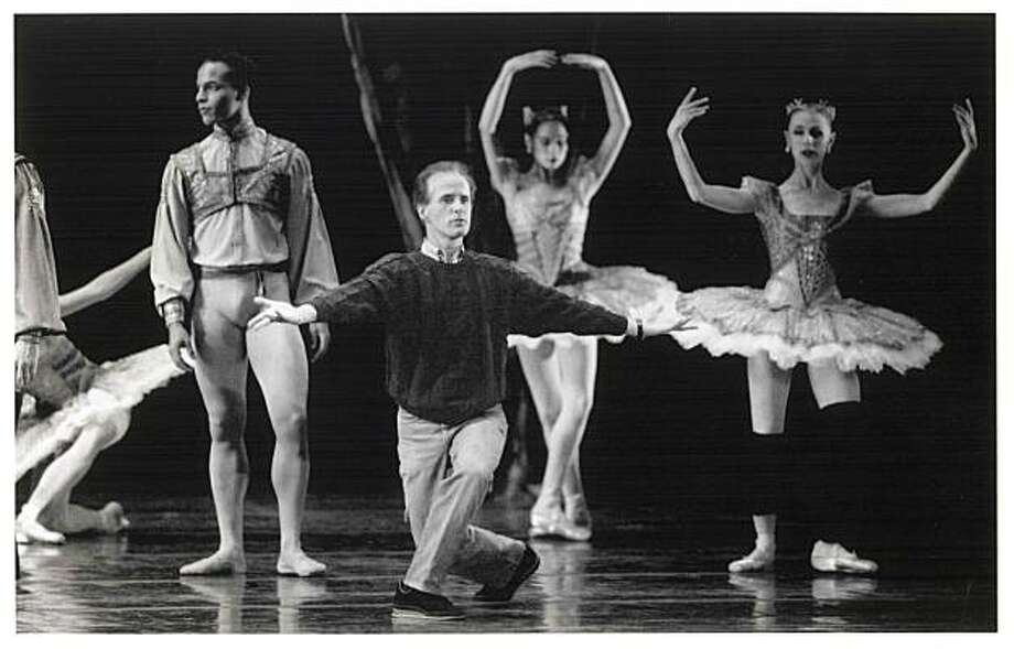 Helgi Tomasson, artistic director of the SF Ballet, rehearses his dancers for the Haffner Symphony.  7/25/1991 Photo: Chris Stewart, The Chronicle