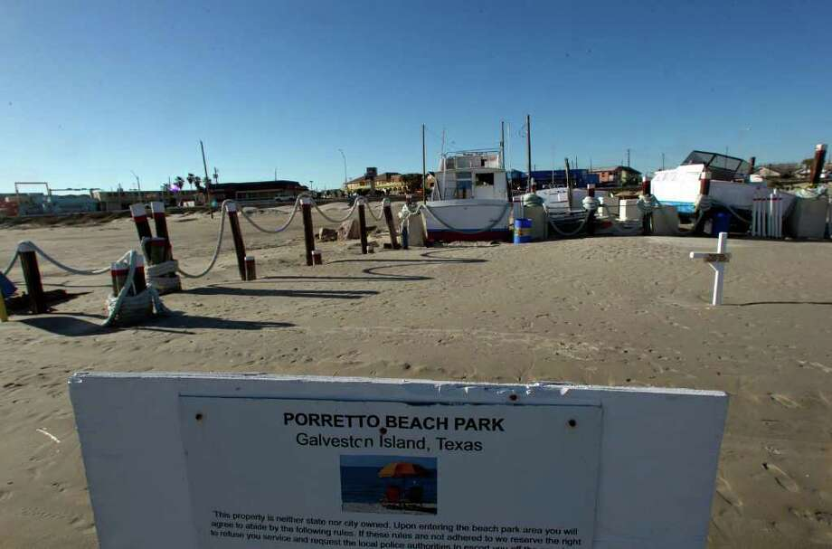 Porretto Beach located at 10th street and Seawall Boulevard the Gulf Coast's only private beach is now for sale because the owner has declared bankruptcy Wednesday, Jan. 11, 2012, in Galveston. Photo: James Nielsen, Chronicle / © 2011 Houston Chronicle