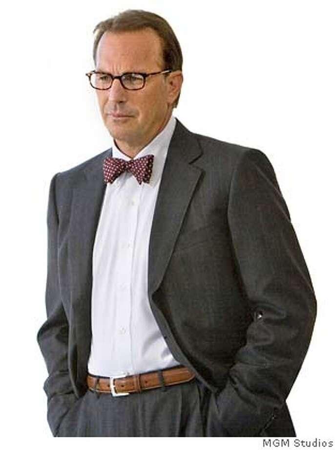 � Kevin Costner in MR. BROOKS