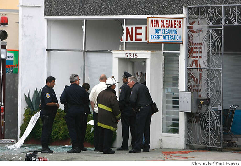 Police investigate an explosion at a dry cleaners at 5315 Mission St in San Francisco where two people were injured.  FRIDAY, MAY 25, 2007 KURT ROGERS SAN FRANCISCO SFC  THE CHRONICLE Photo: KURT ROGERS