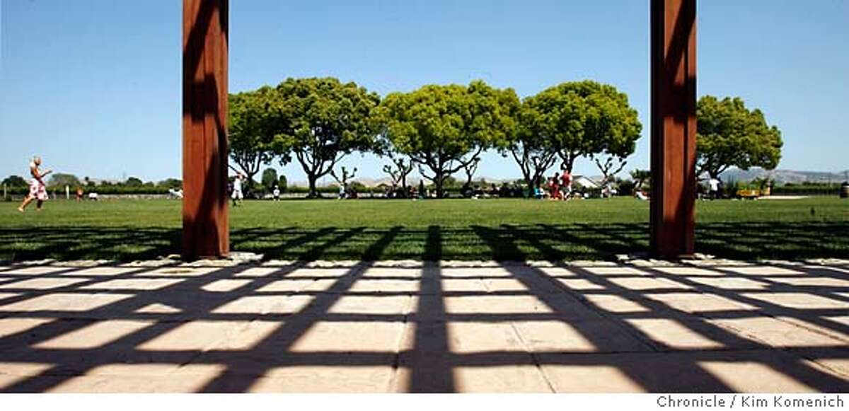 """WINEPICNICS25_130_KK.JPG The grounds at Concannon Vineyard in Livermore are available for picnics. Some Livermore Valley wineries allow and even encourage """"wine picnics"""". We visit Retzlaff Vineyards, Wente Vineyards Estate Winery, Concannon VIneyard and Fenestra Winery Photo by Kim Komenich/The Chronicle �2007, San Francisco Chronicle/ Kim Komenich MANDATORY CREDIT FOR PHOTOG AND SAN FRANCISCO CHRONICLE. NO SALES- MAGS OUT."""