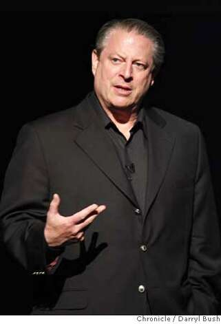 "Former vice-president Al Gore speaks to a crowd paying for his book called ""The Assault on Reason"" and a chance to hear him speak at Marin Veterans' Memorial Auditorium, Marin Center in San Rafael, CA, on Wednesday, May, 23, 2007. photo taken: 5/23/07  Darryl Bush / The Chronicle ** (cq) Photo: Darryl Bush"