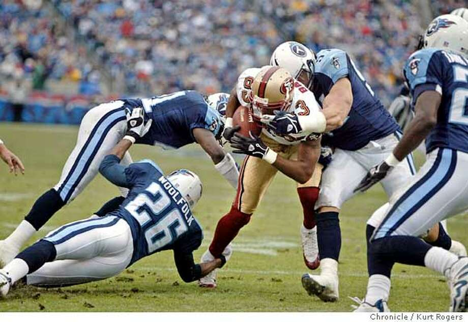 Amaz Battle who got 9 yards on this play which set up a td in the second quater  The Tennessee Titans Vs San Francisco 49ers At the Coliseum .  Kurt Rogers NASHVILLE SFC  The Chronicle Photo: Kurt Rogers
