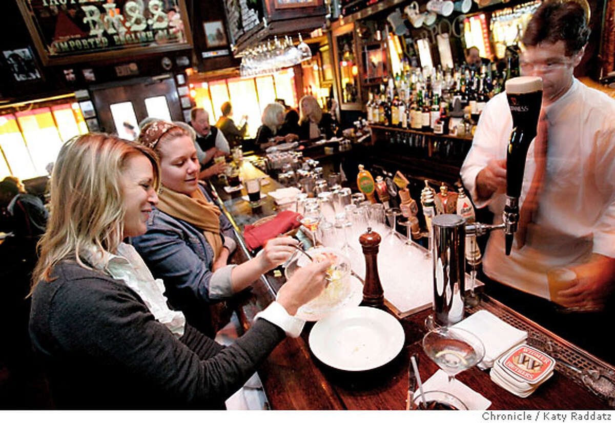 BARBITES24_015_RAD.jpg SHOWN: Liverpool Lil's bar in San Francisco. Bartender is Robbie Werner. These pictures were made in San Francisco CA. on Tuesday, May 15, 2007. (Katy Raddatz/The Chronicle) **Robbie Werner, Liverpool Lil's