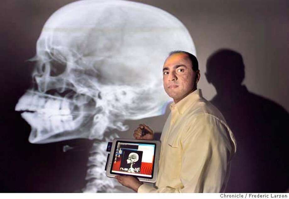 AUTOPSY_173_fl.jpg Afshad Mistri of Silicon Graphics, Inc., explains the computing technology for vitual autopies which has attracted attention from religious groups and the US military. 11/12/05 Mountain View CA Frederic Larson San Francisco Chronicle Photo: Frederic Larson