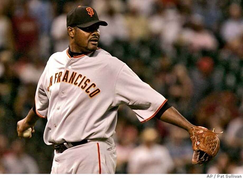 San Francisco Giants reliever Armando Benitez loosens up in the 12th inning of the Giants' 2-1 win over the Houston Astros in a baseball game Thursday, May 17, 2007, in Houston. (AP Photo/Pat Sullivan) Photo: Pat Sullivan