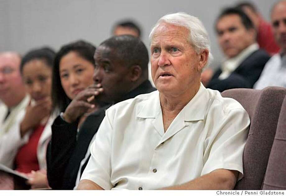 STADIUM_116_PG.JPG Bill Walsh listens to the athletic dir. as Jim Plunckett sits behind him over his left shoulder. .Stanford announces new stadium. The San Francisco Chronicle, Penni Gladstone  Photo taken on 6/7/05, in Palo Alto, Ran on: 09-04-2005  Thomas Herrion's death underscores that the weight carried by some linemen could be unhealthy. Photo: Penni Gladstone