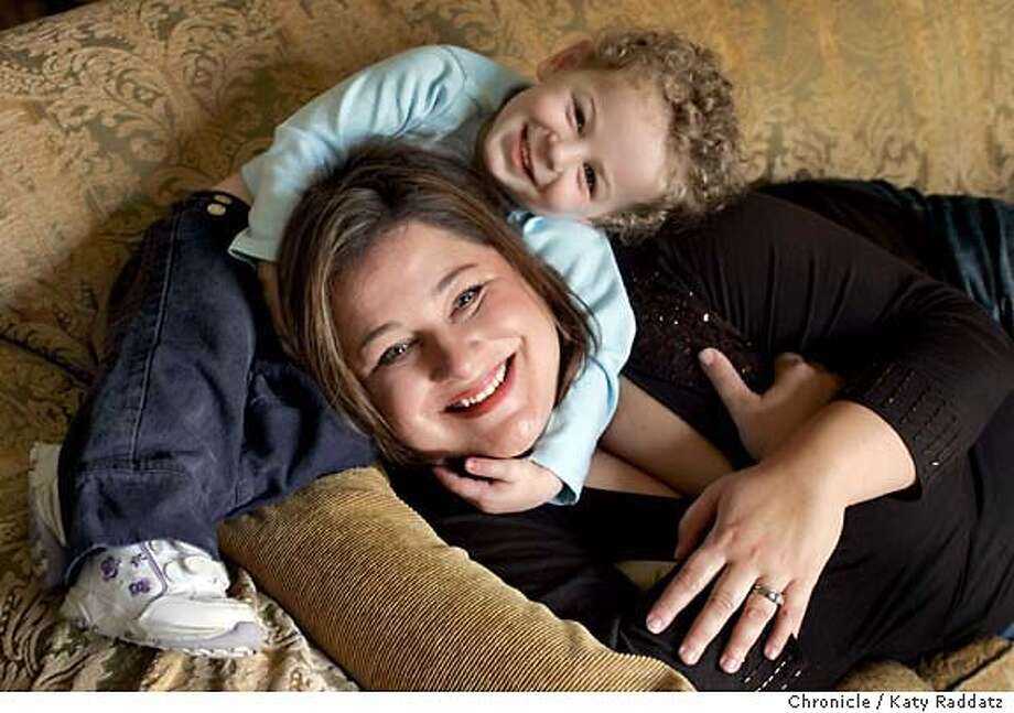"Jennifer Weiner, author of ""In Her Shoes"" is in town promoting her new book, ""Goodnight Nobody."" We photograph her in her hotel room with her lovely 2-yr-old daughter Lucy Bonin. ""In Her Shoes"" has been made into a movie starring Cameron Diaz. Photo taken on 10/18/05, in San Francisco, CA.  By Katy Raddatz / The San Francisco Chronicle Photo: Katy Raddatz"