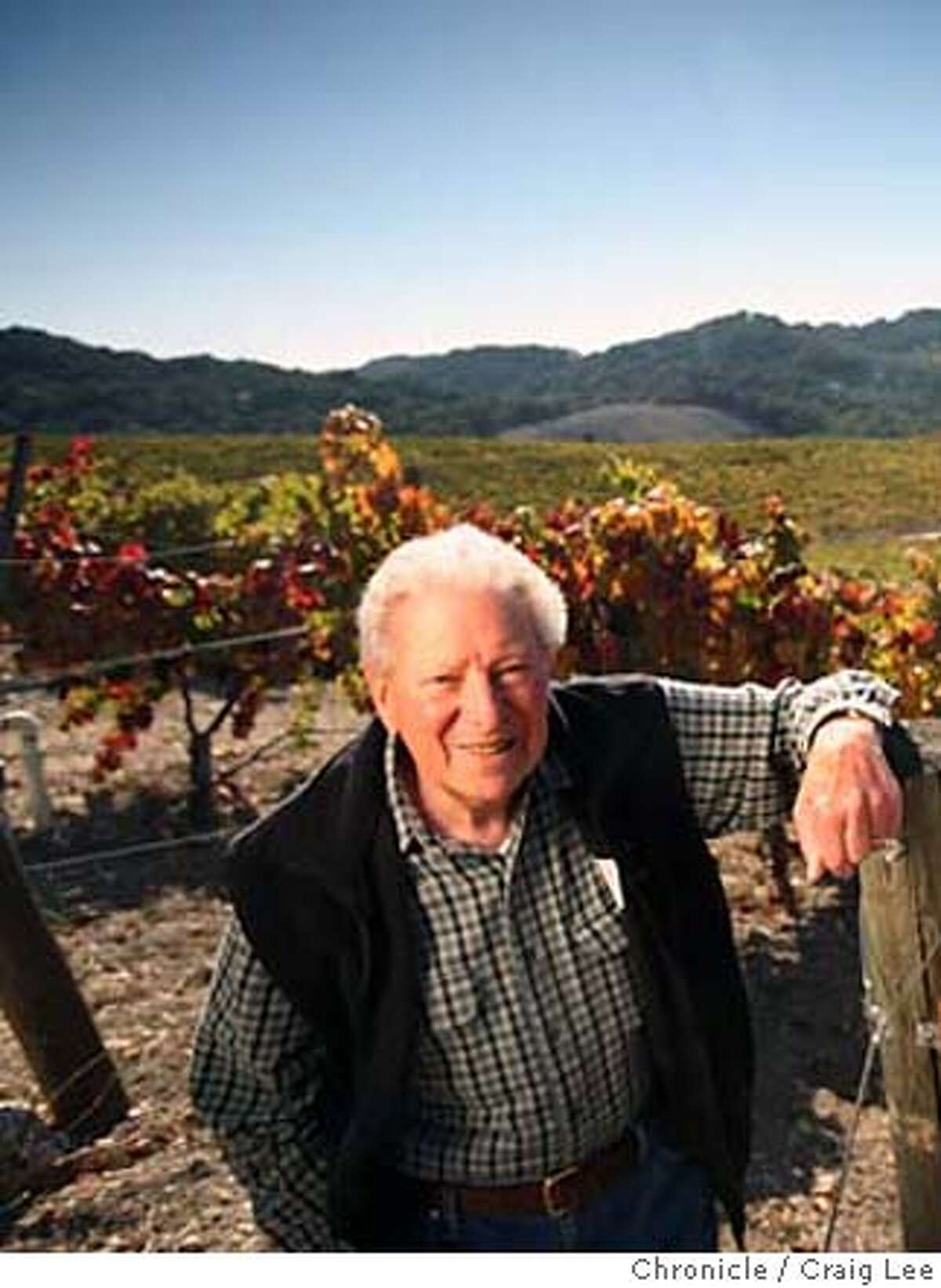 PASO10_853_cl.JPG Photo of the wine scene in Paso Robles, CA. This is Tablas Creek winery. Photo of Robert Haas (left) owner, and Neil Collins (right), the winemaker, in their vineyards. photo by Craig Lee / The Chronicle MANDATORY CREDIT FOR PHOTOG AND SF CHRONICLE/NO SALES-MAGS OUT