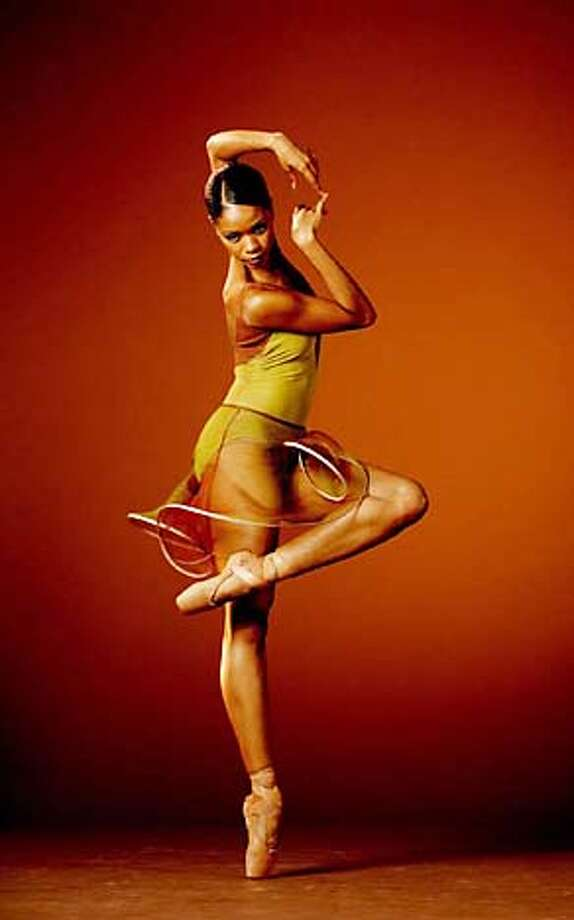 Aesha Ash, dancer with Alonzo King's Lines Ballet Photo: Marty Sohl