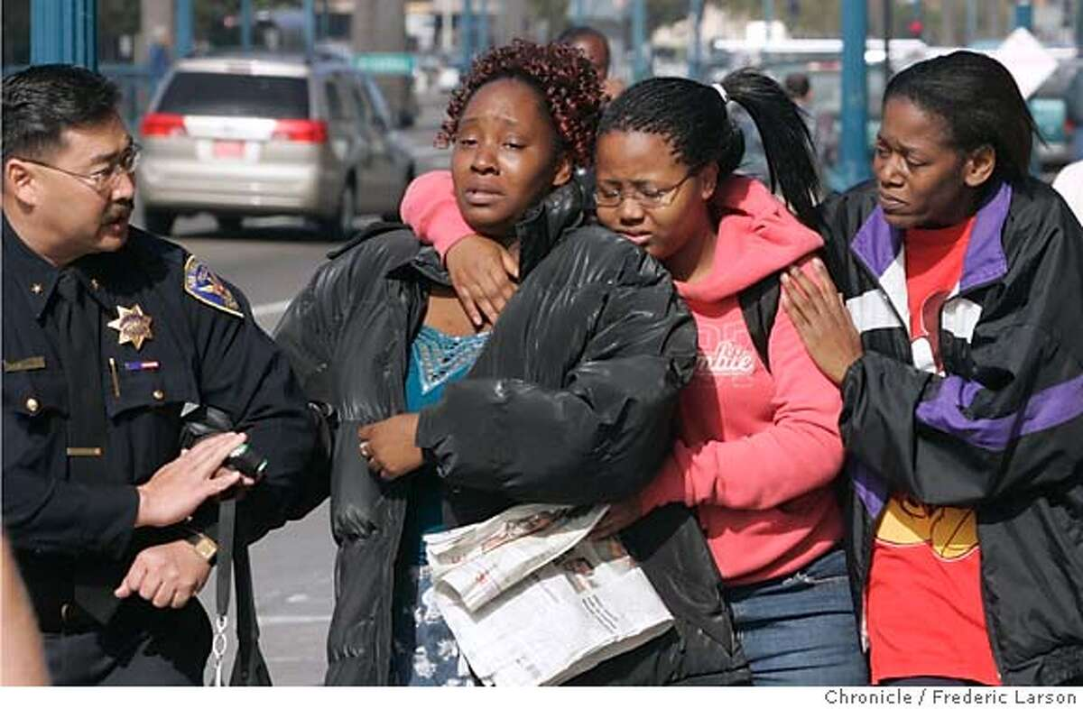 SEARCH_2377_fl.jpg Relatives of Lashuan Harris, the Oakland woman charged with throwing her three sons off of Pier Seven in San Francisco Bay, walk away from the site after arriving on the scene. From left: Telicia Harris, Lashaun's sister, Britney Fitzpatrick, Lashaun's half-sister, and Beatric Harris, Lashaun's aunt. 10/20/05 San Francisco CA Frederic Larson The San Francisco Chronicle