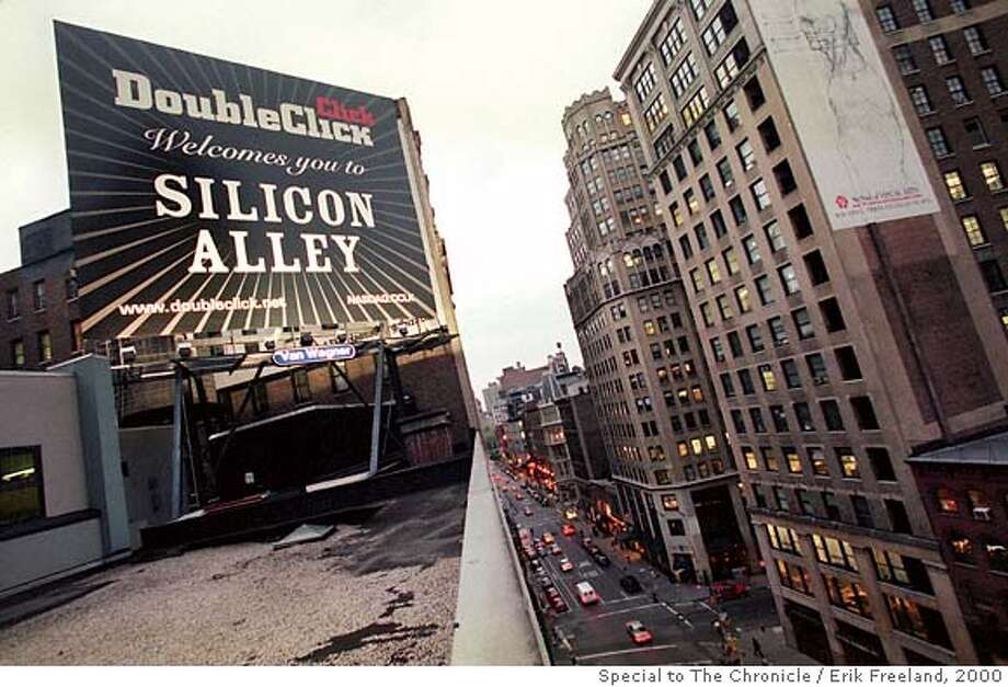 SILICONALLEY6-C-10MAY00-BU-SPCL--DoubleClick's Silicon Alley sign at 22nd and Broadway in New York City. PHOTO BY ERIK FREELAND/FOR THE CHRONICLE CAT Photo: Erik Freeland, San Francisco Chronicle