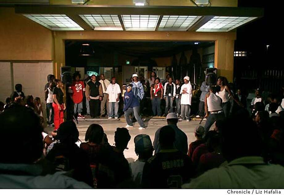 """An East Oakland youth-run youth center called Youth Uprising features """"Rize""""-style krump dance battles called """"turf dancing"""". Photographed by Liz Hafalia on 9/30/05 in Oakland, California. SFC Photo: Liz Hafalia"""