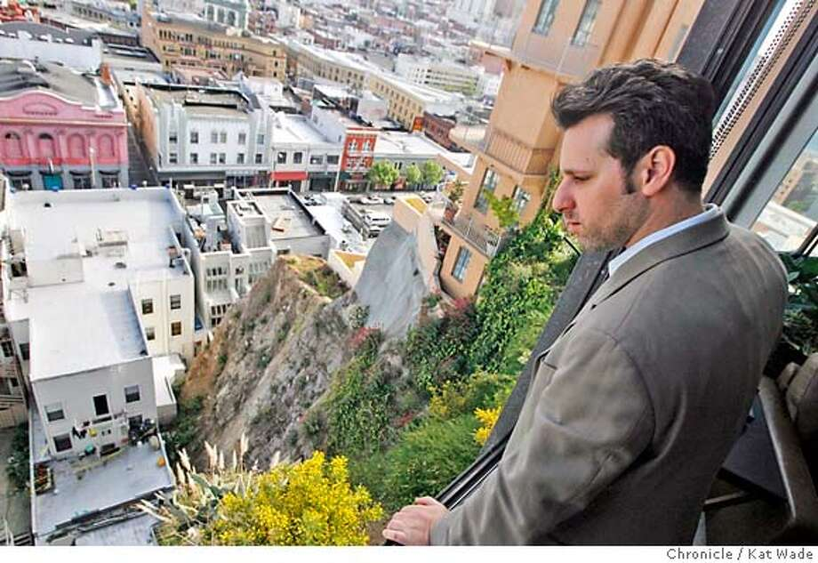TELEGRAPHhillSLIDE_0074_KW.JPG  Reuben Jacobson looks down at the pile of rocks and dirt far below his unit at 455 Vallejo Street. While most tenants have been allowed to return to their units, Reuben Jacobson who owns a condo on Telegraph Hill, is one of a handful of tenants in the same building who is to date allowed to be in his condo just three hours each day with a curfew of 8:00 pm do to the February 28, 2007 slide. Kat Wade/The Chronicle Reuben Jacobson(CQ, Subject) Mandatory Credit for San Francisco Chronicle and photographer, Kat Wade, No Sales Mags out Photo: Kat Wade