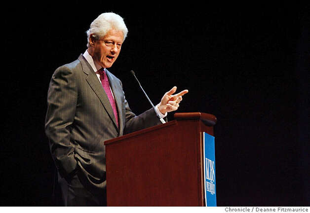Former President Bill Clinton spoke about health care and the war at KCBS' 3rd Annual Health Fair at Bill Graham Civic Auditorium in San Francisco on 4/14/07. Deanne Fitzmaurice / The Chronicle Photo: Deanne Fitzmaurice