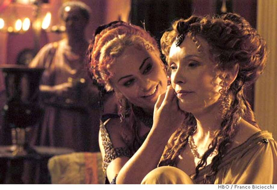 GOODMAN14 HBO'S ROME: Polly Walker, Lindsay Duncan. photo: Franco Biciocchi Photo: Franco Biciocchi