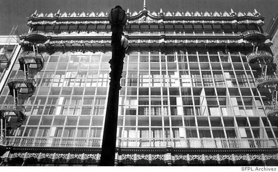 �Hallidie Building, 130 Sutter St.  1917, Willis Polk Photo: SFPL Archives Photo: SFPL Archives