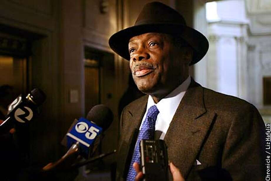 .JPG - Mayor Willie Brown, answering questions during a press conference at City Hall, regarding the SFPD police scandal. Photo by Liz Hafalia Photo: Liz Hafalia