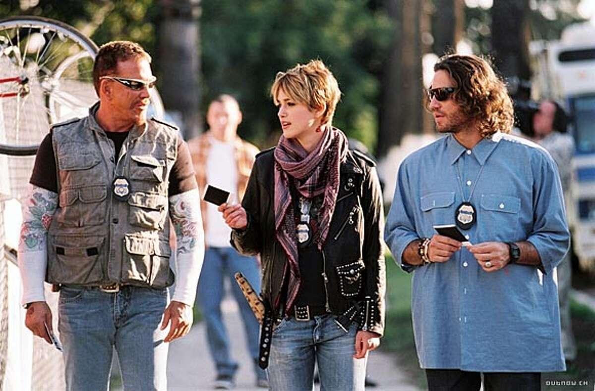 "Mickey Rourke, Keira Knightley and Edgar Ramirez in ""Domino"" handout/ handout"