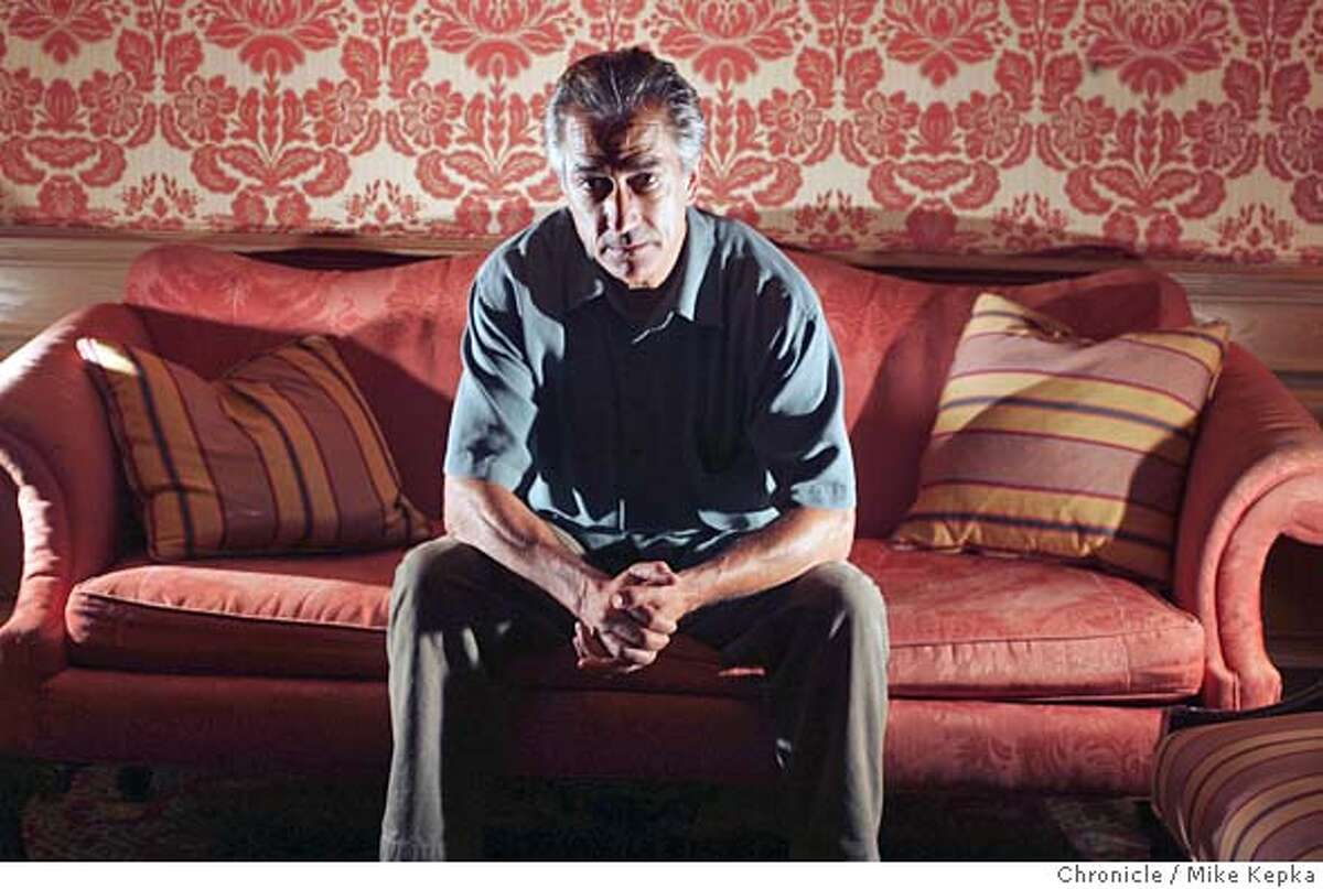 """murrow009_mk.JPG David Strathairn portrays Edward R. Murrow in the movie """"Good Night and Good Luck."""" 9/27/05 Mike Kepka / The Chronicle MANDATORY CREDIT FOR PHOTOG AND SF CHRONICLE/ -MAGS OUT"""