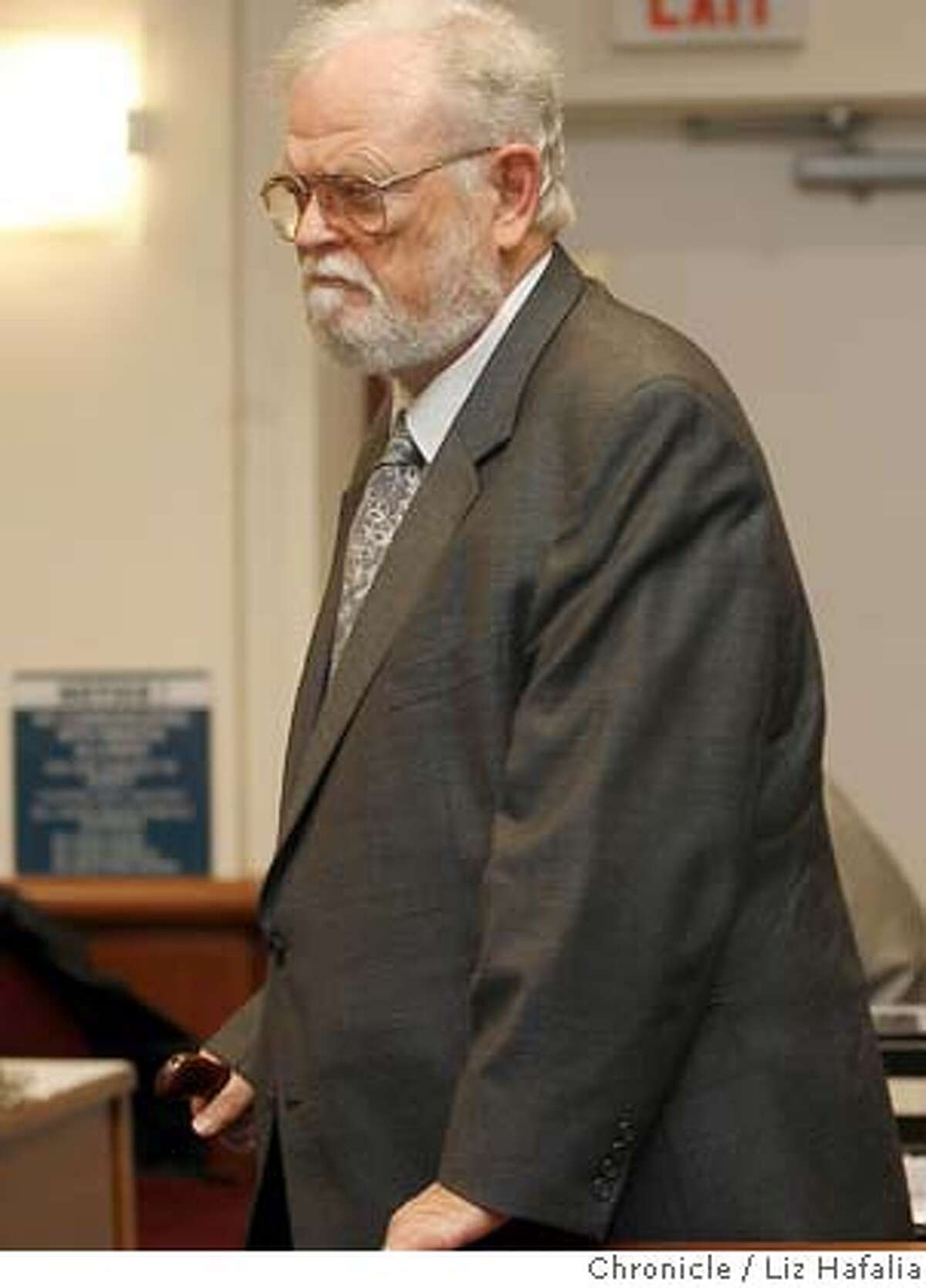 Dr. William Ayres, the psychiatrist from San Mateo County, is back in court to enter a plea. Liz Hafalia/The Chronicle/REDWOOD CITY/4/12/07 ** William Ayres cq