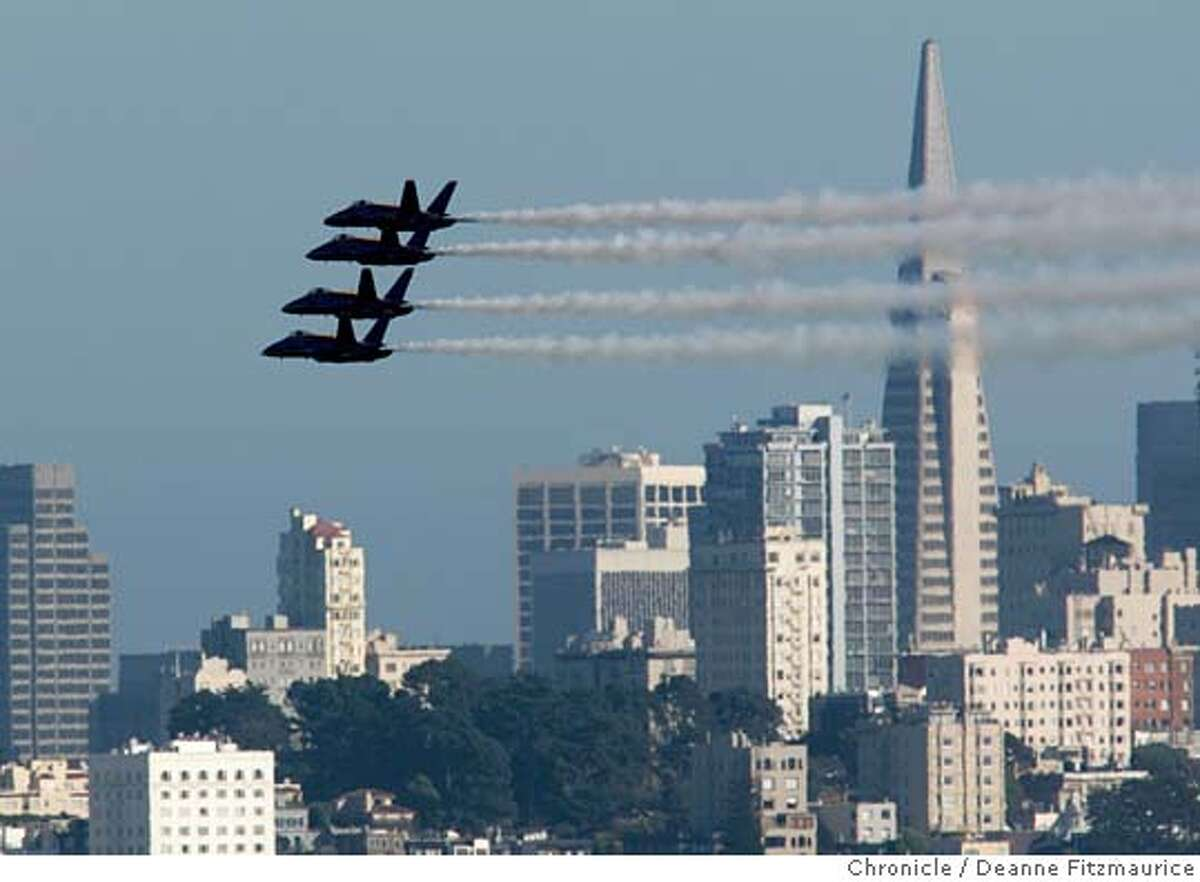 fleetweek_481_df.JPG The Blue Angles fly over San Francisco Bay. Photographed from the Golden Gate Bridge. Deanne Fitzmaurice / San Francisco Chronicle
