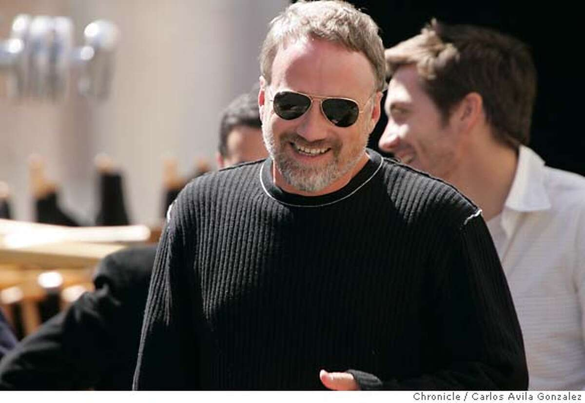 ZODIAC05_090_CG.JPG Director David Fincher, on the set of