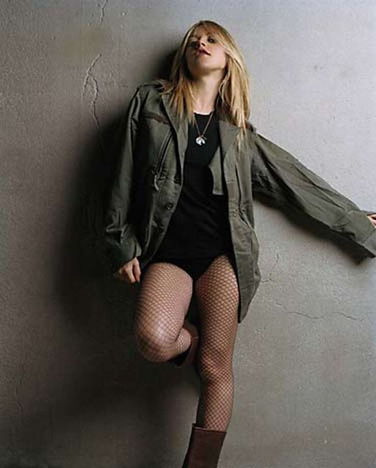 / for: Sunday Datebook Liz Phair Photo: Phil Poynter
