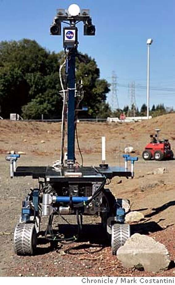 "robots04_033_mc.jpg ""K-9"" the robot.  'Marscape' at NASA Ames Research Center, Moffett Field, Calif., Monday, Oct. 3, from 11 a.m. to 2 p.m. PDT to view prototype space robots in action. Reporters will be able to interview NASA researchers about the artificial intelligence that may some day help robots and human beings on Earth and Mars work together. Photograph by Mark Costantini/S.F. Chronicle. MANDATORY CREDIT FOR PHOTOG AND SF CHRONICLE/ -MAGS OUT Photo: Mark Costantini"