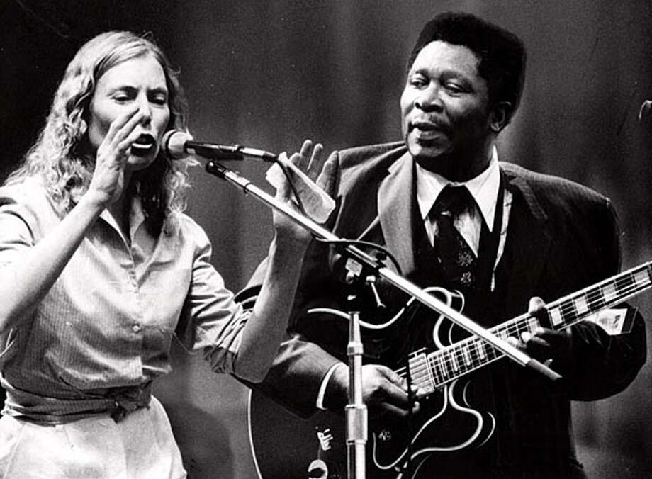 Joni Mitchell & B.B. King at the Bread and Roses festival