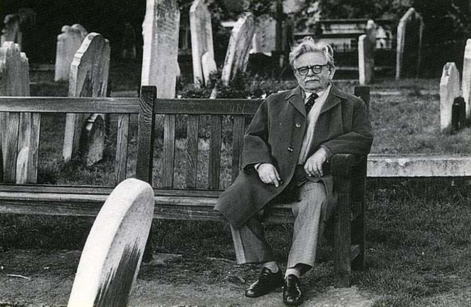 Elias Canetti in Hampstead Cemetary. Photo: Anthony Giardina