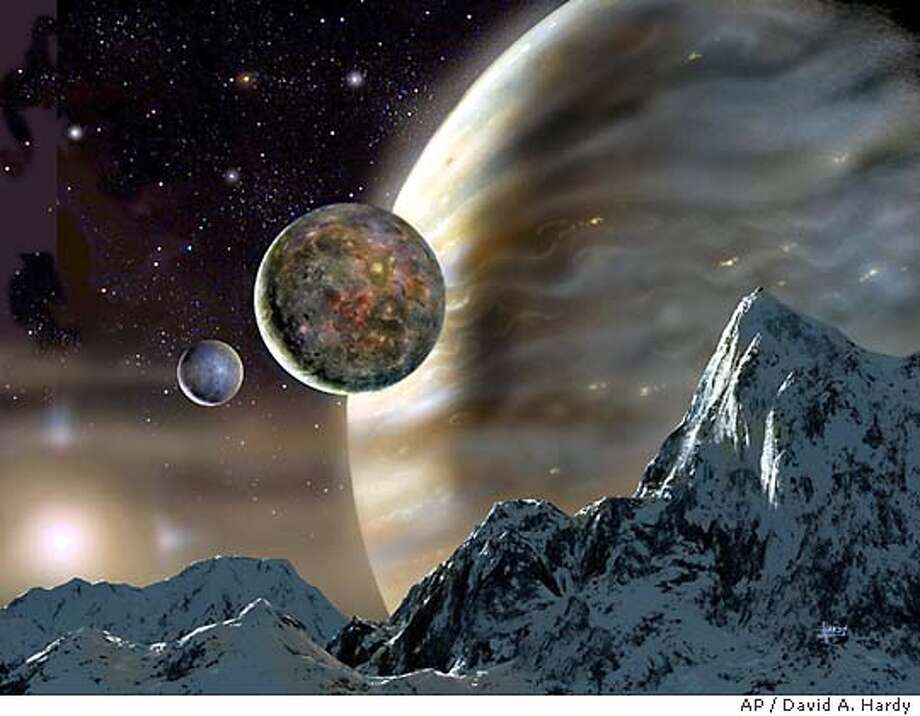 7/4/2003 | B/W | 3star | 22p8 x 3 | a5 | A-Section | bb 7074 | planet Photo: DAVID A HARDY