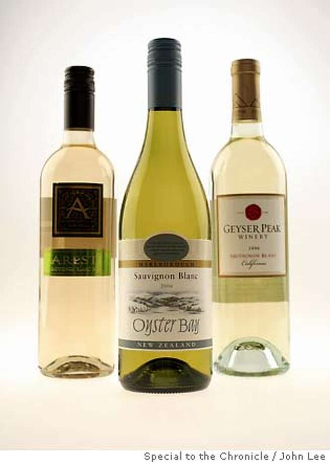 BARGAIN30_JOHNLEE.JPG  Bargain wines. 2006 Aresti Chile Sauvignon Blanc, left.  2006 Oyster Bay Marlborough Sauvignon Blanc, center.  2006 Geyser Peak Winery California Sauvignon Blanc, right.  By JOHN LEE/SPECIAL TO THE CHRONICLE Photo: JOHN LEE