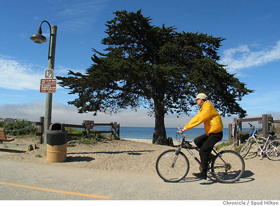 Scenes from along the Monterey Bay Coastal Trail, from Marina to Lovers Point in Pacific Grove. The biking-walking path includes some 10 miles that has little interaction with cars, and that allows average bikers a chance to leisurely experience the bay coastline. Spud Hilton / The Chronicle Photo: Spud Hilton
