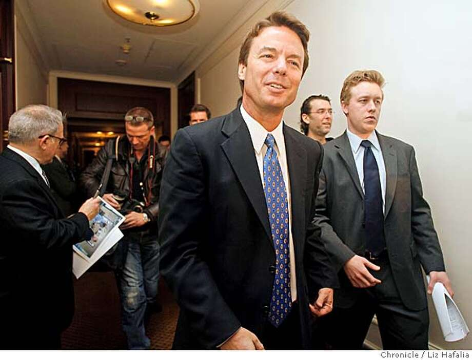 Senator John Edwards at a press conference at Palace Hotel to discuss global warming and energy policies.  Liz Hafalia/The Chronicle/San Francisco/3/27/07  ** John Edwards cq Photo: Liz Hafalia