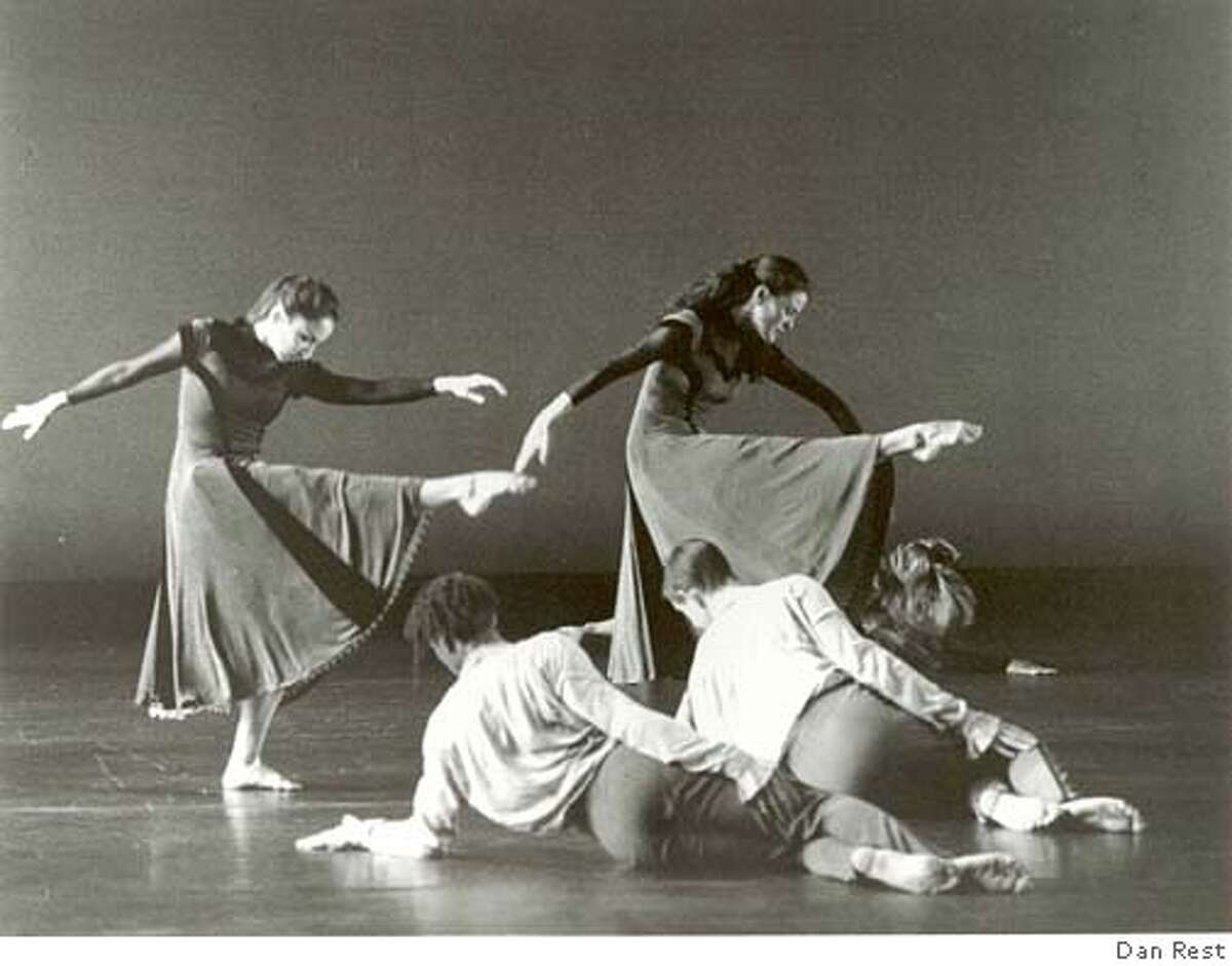 Pictured: Company Members of Mark Morris Dance Group in Somebody�s Coming to See Me Tonight. Returning to the company�s second home away from home, Morris brings the West Coast premiere of Somebody�s Coming to See Me Tonight to Cal Performances September 22 � 24, 2005. PHOTO: DAN REST