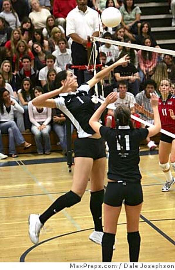 Amanda Gil.JPG Mitty High's Amanda Gill goes up for a kill shot during last year�s CIF Division 2 title match against Mater Dei. photo credit: Dale Josephson/MaxPreps.com Photo: Photo Credit: